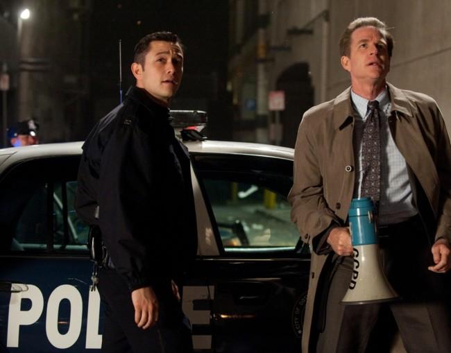 Joseph Gordon Levitt y Matthew Modine en The Dark Knight Rises
