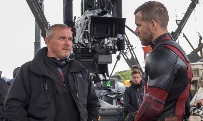 Ryan Reynolds y Tim Miller en el rodaje de Deadpool