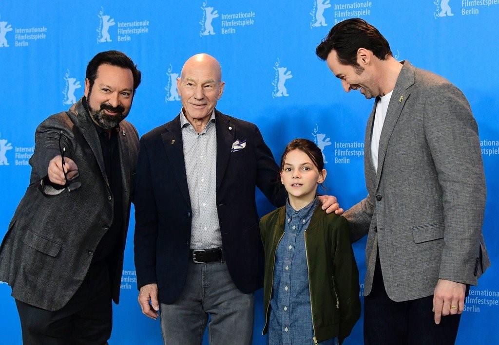James Mangold con los actores de Logan en Berlín