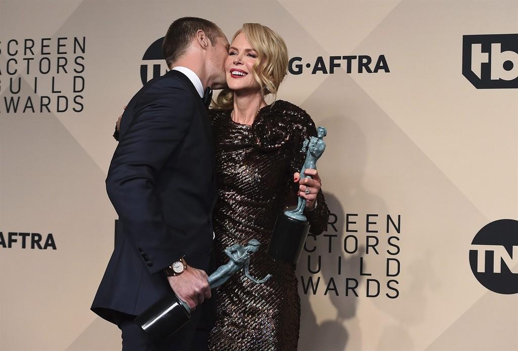 Skarsgaard y Kidman en los SAG Awards