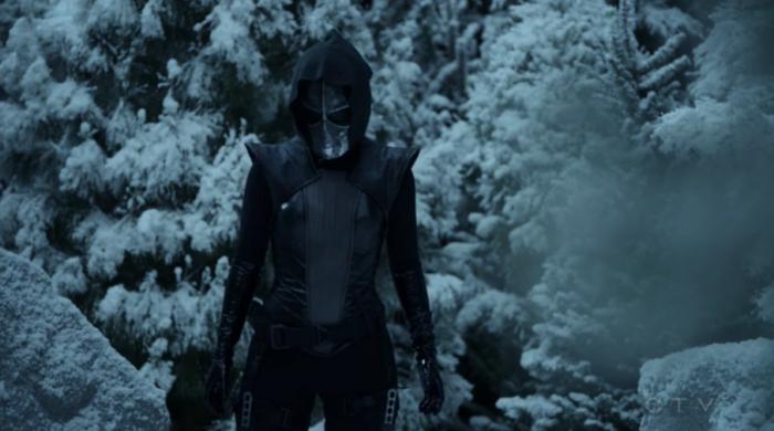 Ruby siguiendo a Coulson y a Talbot (capítulo 17)