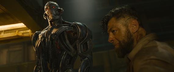 Imagen de Vengadores: La Era de Ultron / Avengers: Age of Ultron (2015), Ultrón y Ulysses Klaue