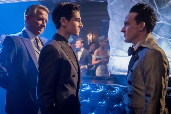 Imagen del episodio 4x01: Pax Penguina de la serie Gotham